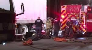 18 wheeler crash.jpg